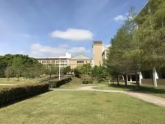 大学院キャンパスの風景